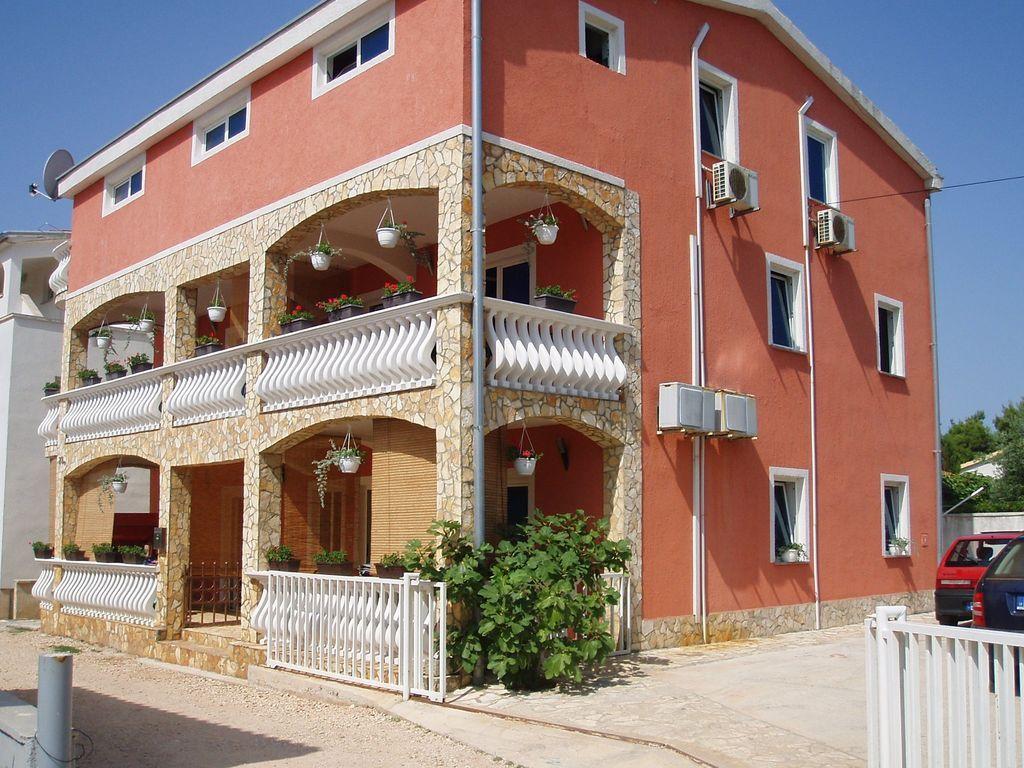 Apartamento vacacional con aire acondicionado sólo 200 m de la playa
