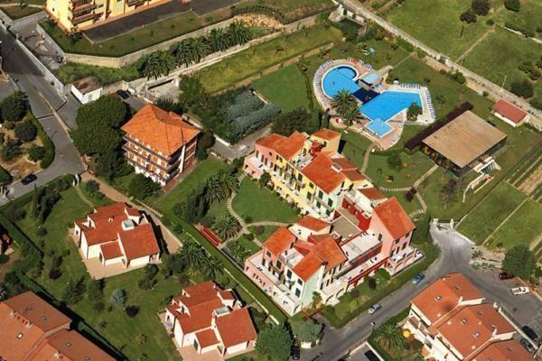 Equipada residencia en Loano