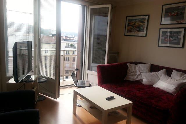 2 bedroom beautiful spacious apartment
