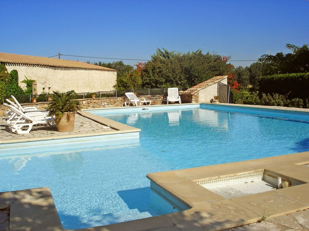 Vivienda con piscina para 4 huéspedes