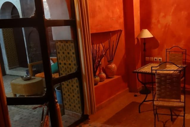 Vivienda de 5 habitaciones con jardín