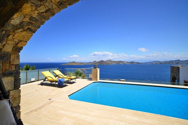 Aegean 220 Luxury Villa
