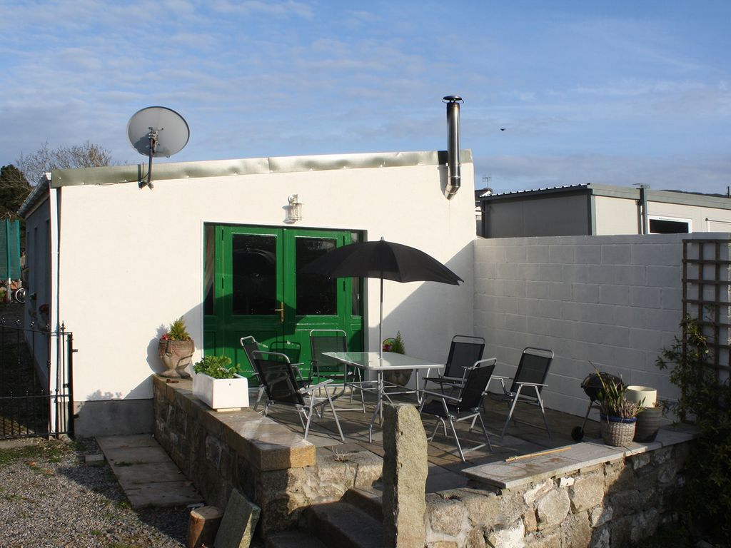 Cosy holiday home with Bed linen and towels and Internet in Dublin