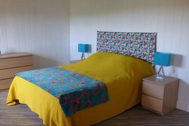 Alojamiento de 5 habitaciones en Henvic