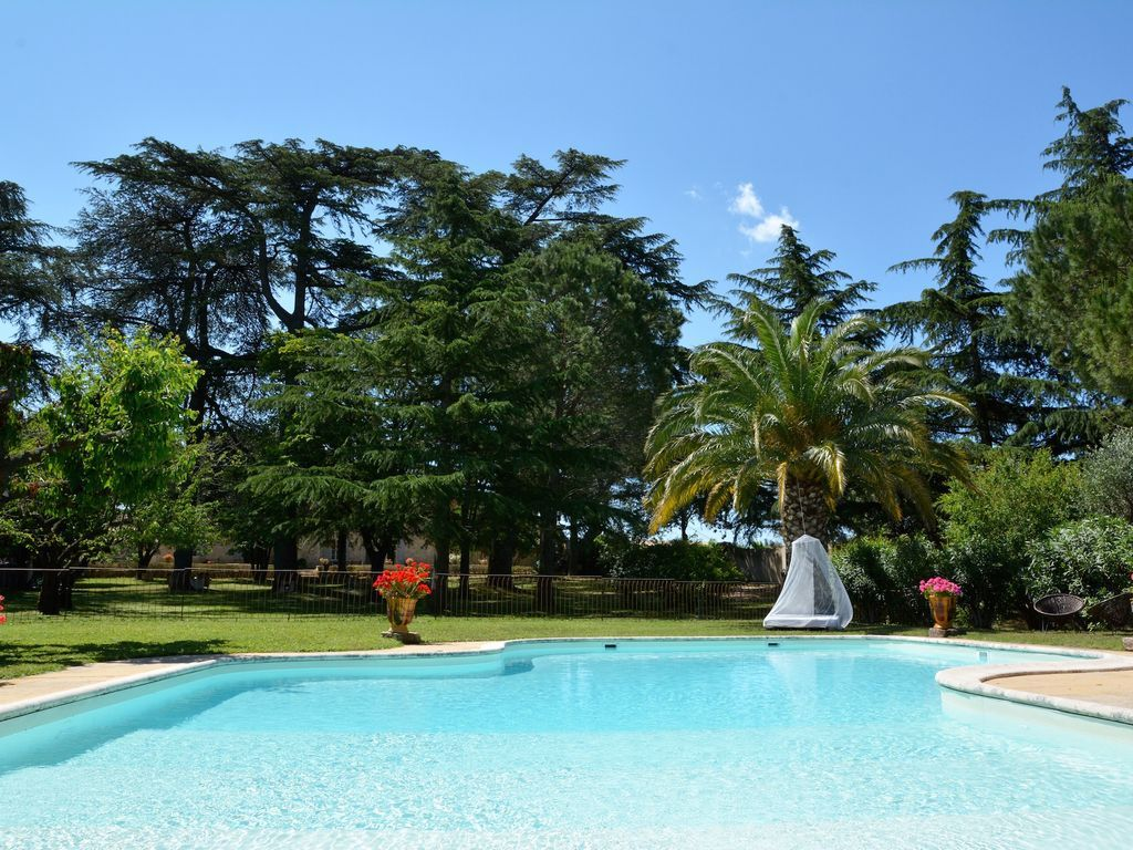 Casa en Caissargues para 10 huéspedes