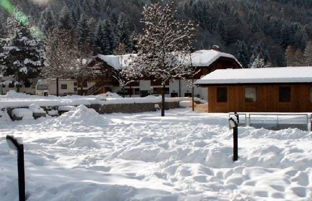 Casa con balcón en Dimaro