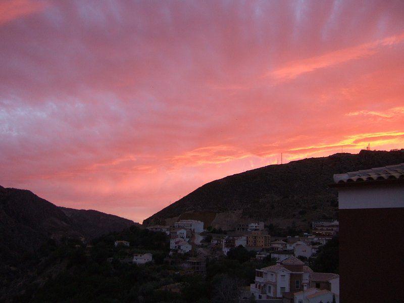 Apartamento de 3 dormitorios en Güéjar Sierra