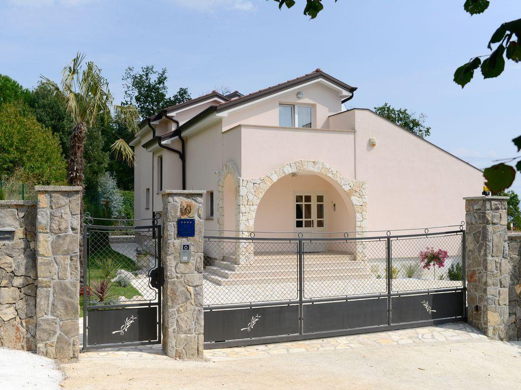 Casa de 3 habitaciones en Poljane - opatija