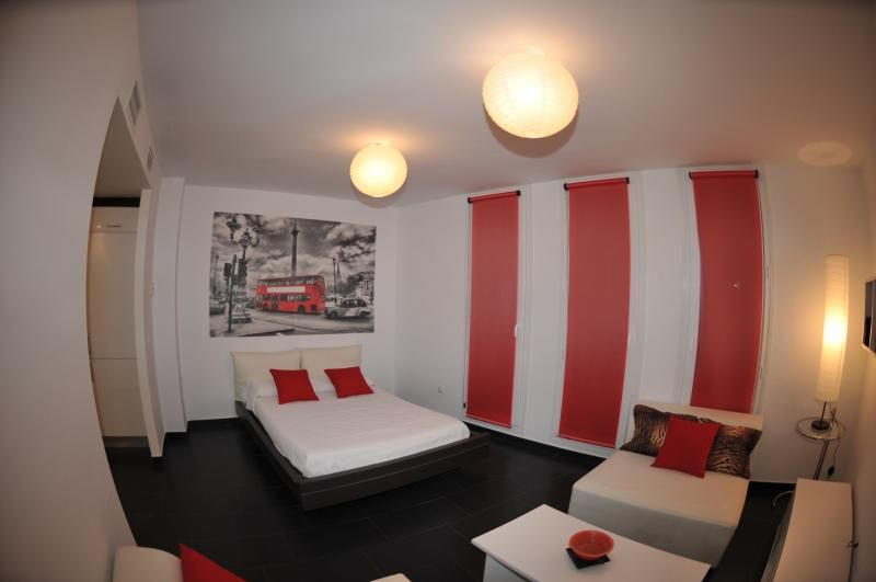 Apartamentos Turísticos CALDEREROS 25