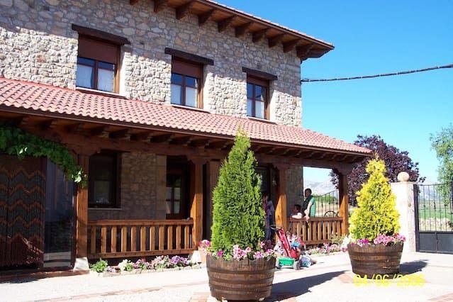 Residencia de 5 habitaciones en Tarilonte de la peña