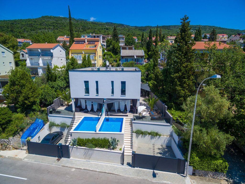 Casa vacacional con piscina, aire acondicionado y Wi-Fi