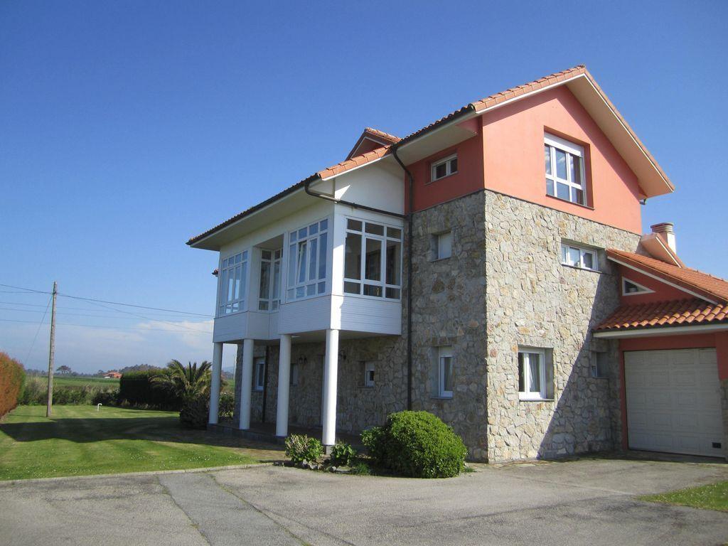 Alojamiento de 250 m² en Asturias