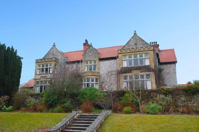 Casa con jardín de 4 habitaciones