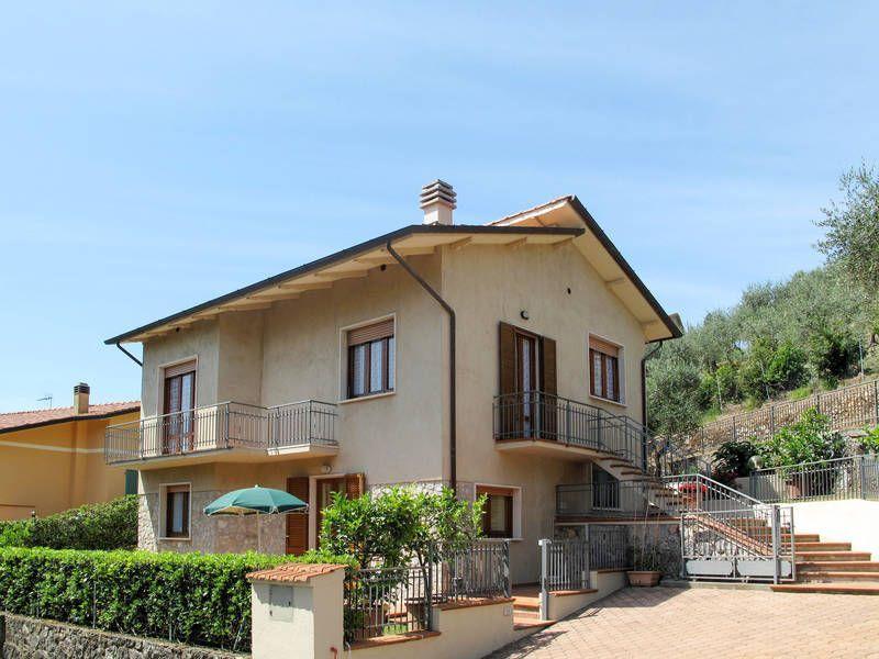 Villa di 90 m² a Camaiore