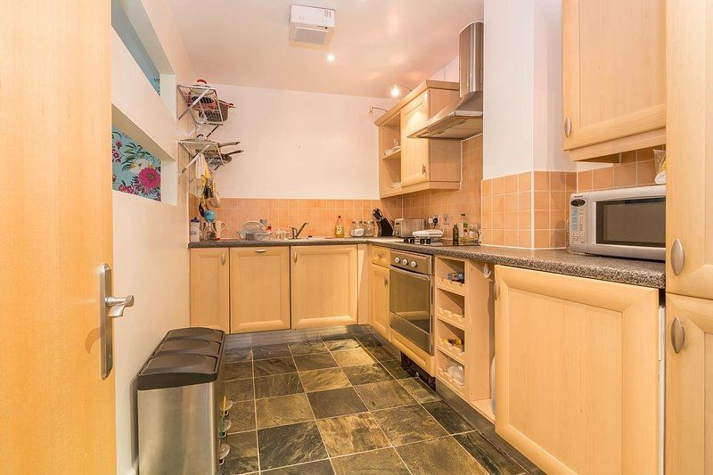 Property with 2 rooms in Sheldon