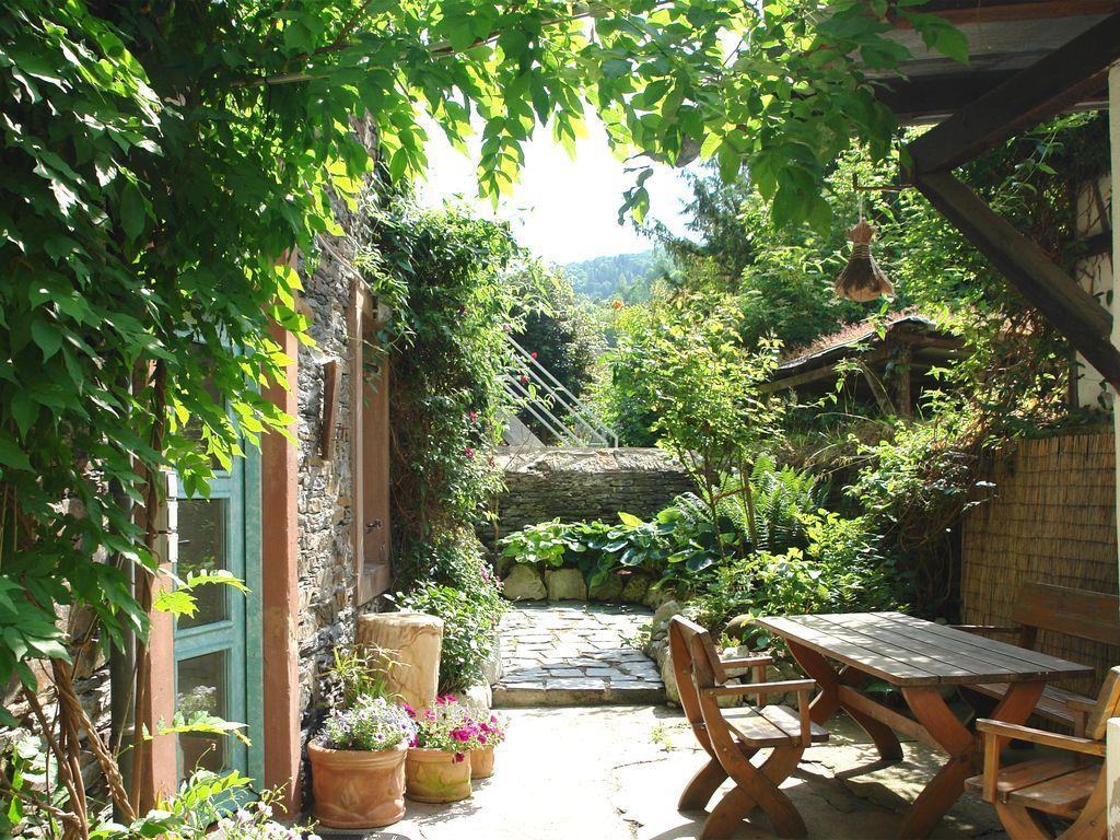 Vivienda en Traben-trarbach con jardín