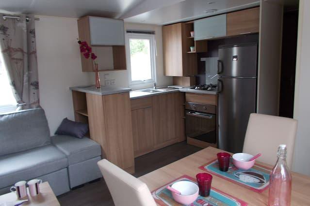 Residencia con parking incluído de 4 habitaciones