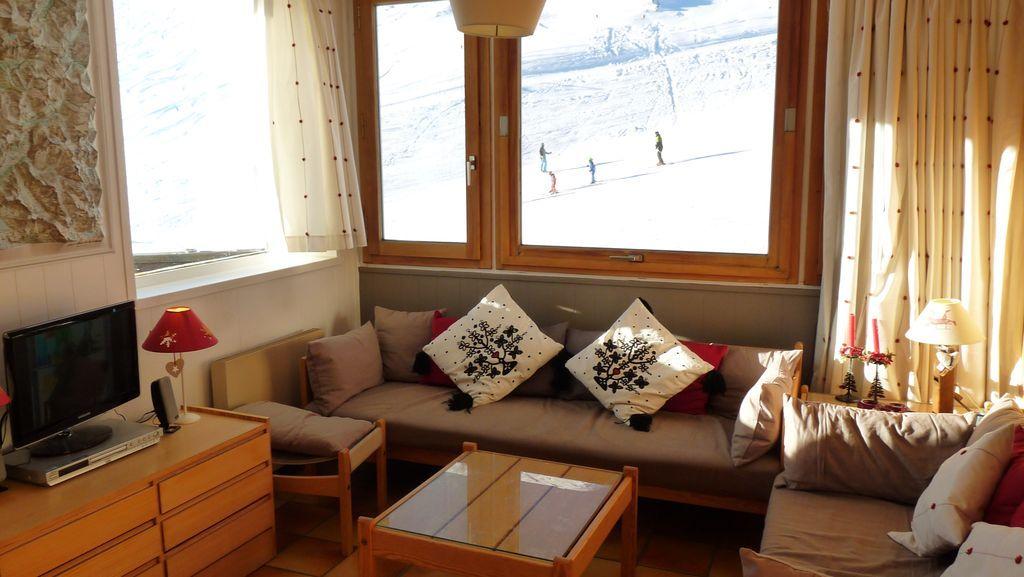 Apartamento funcional con balcón