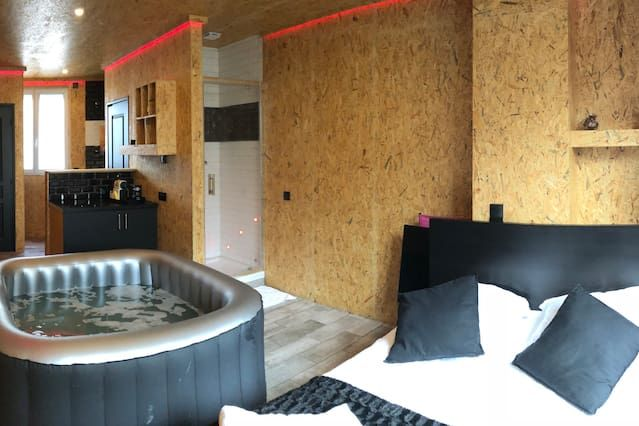 Hébergement à Montrouge à 2 chambres