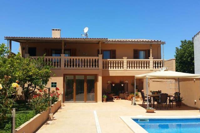 Casa Toñi con piscina en la playa