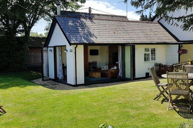 Casa con jardín en Burley