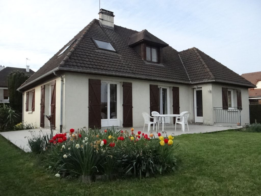 Vivienda de 3 habitaciones en Cormelles-le-royal