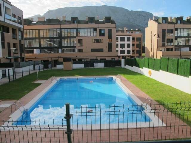 Alojamiento con piscina para 4 huéspedes