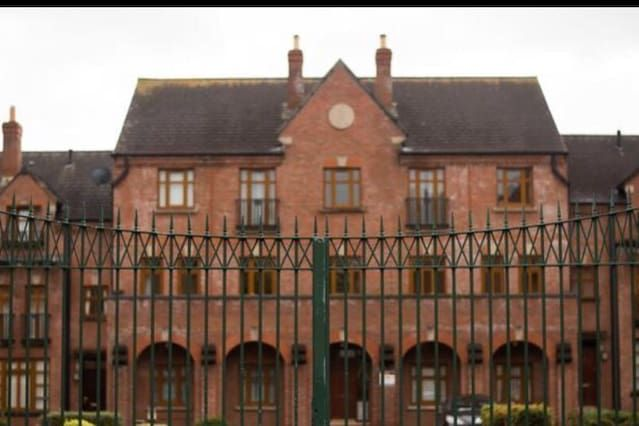 Residence in Belfast with wi-fi
