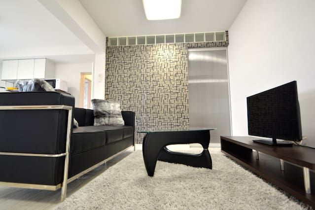 Luxury & stylish renovated room