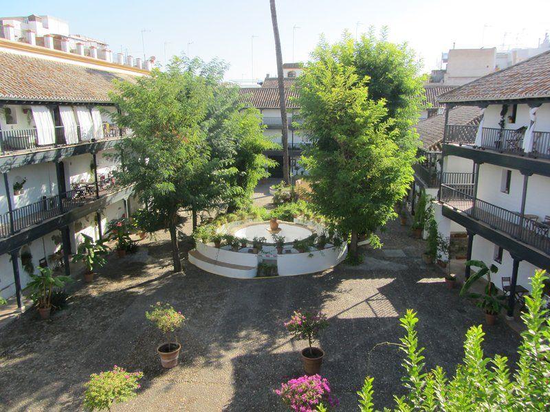 Alojamiento de 1 habitación con balcón