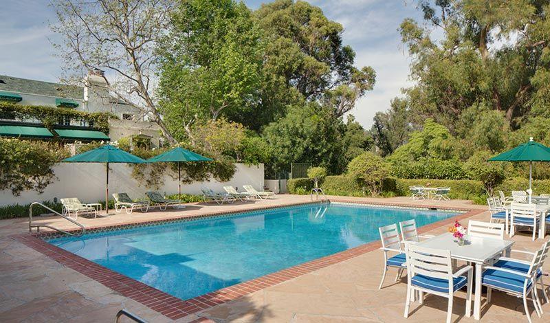 mansión con piscina de Taylor Swift