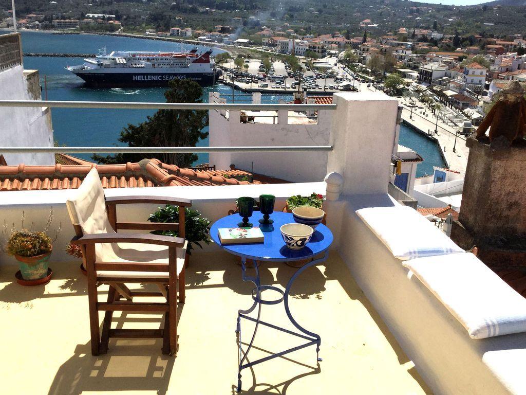 Casa cómodo con balcón