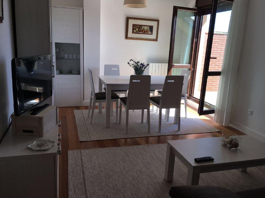 Apartamento funcional en Noja con  Lavadora