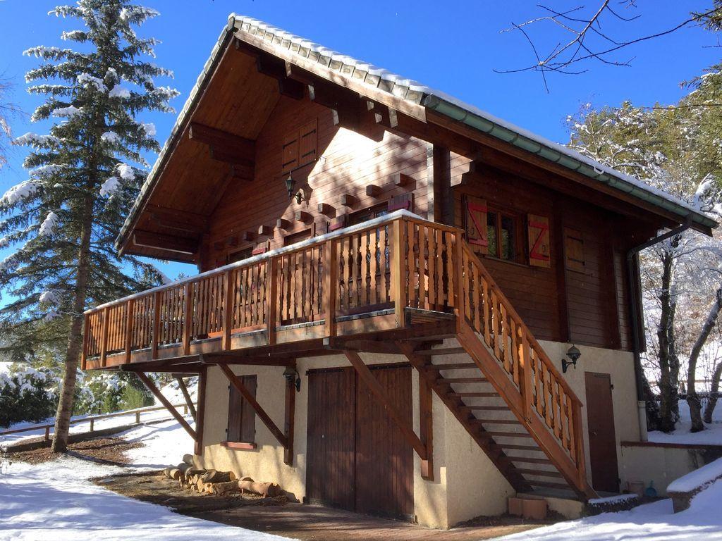 Casa con balcón para 6 huéspedes