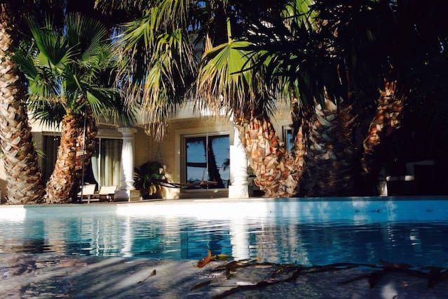 Casa en Bouzigues con piscina