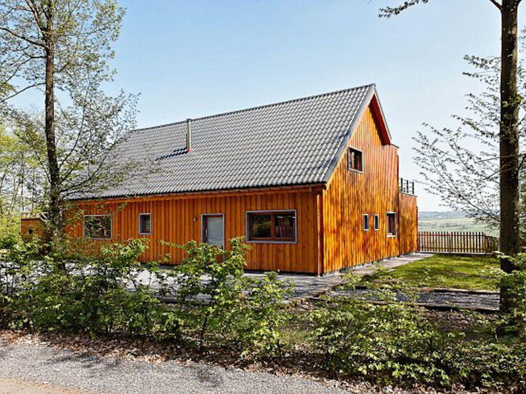 Casa de 250 m² de 6 habitaciones