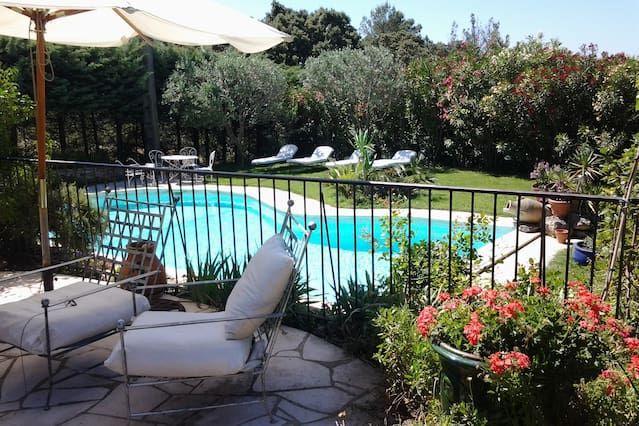 Vivienda en Villeneuve-lès-avignon con piscina