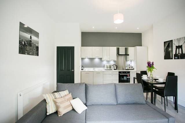 Luxury 1 and 2 bed apartments close to Belfast city centre and Queens University