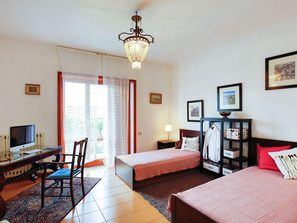 Hébergement à Pollena trocchia avec 2 chambres
