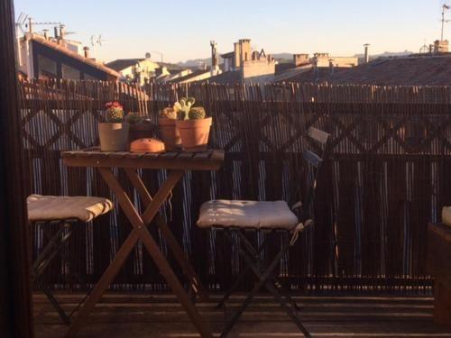 Apartamento en Aix-en-provence con balcón