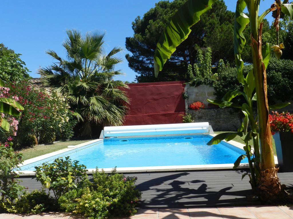 Casa con piscina de 182 m²