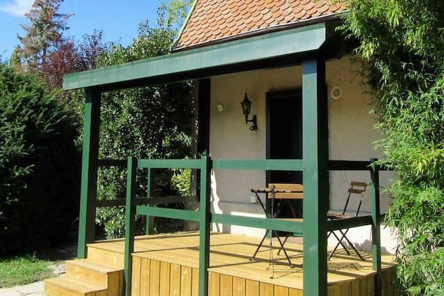 Studio avec jardin et piscine