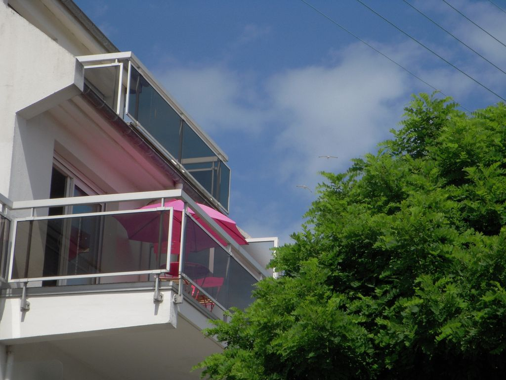 Panorámica vivienda con parking incluído