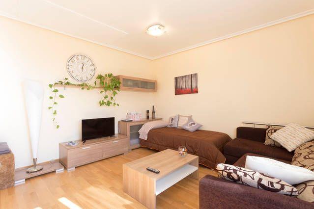 Dotada vivienda en Logroño