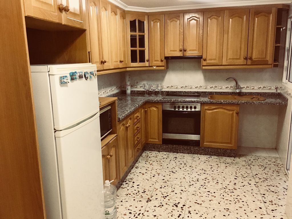 Residence with 3 rooms in Elx
