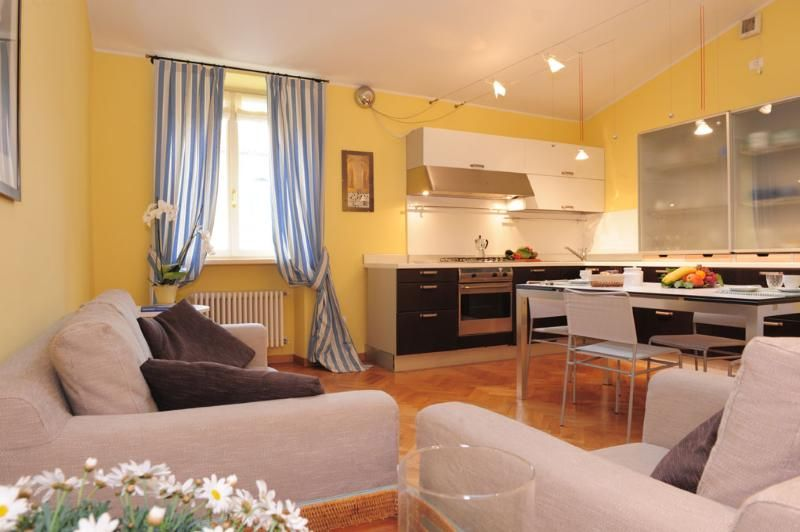 Large Apartment  walking distance from centre