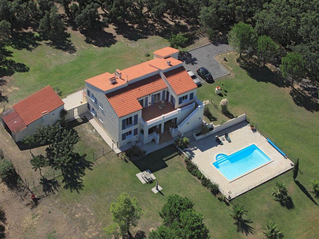 Residencia dotada de 130 m²