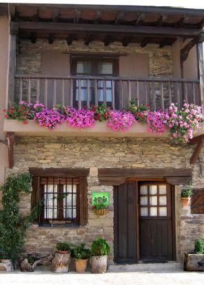 Residencia para 12 personas en Gascueña de bornova