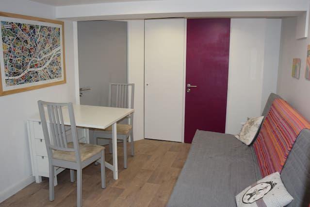 Alojamiento para 12 huéspedes de 6 habitaciones