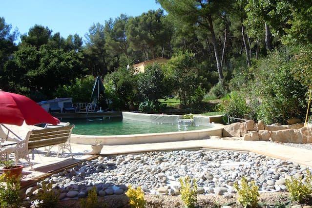 Casa con jardín de 160 m²